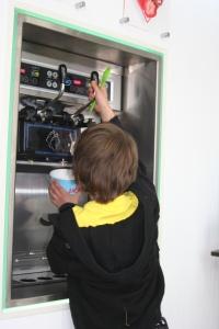 frozen yoghurt pumps