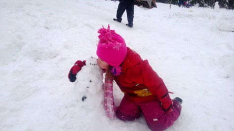 Before heading home we build a little snowman.  Goodbye - see you again soon.