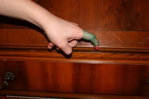 finger caterpillar