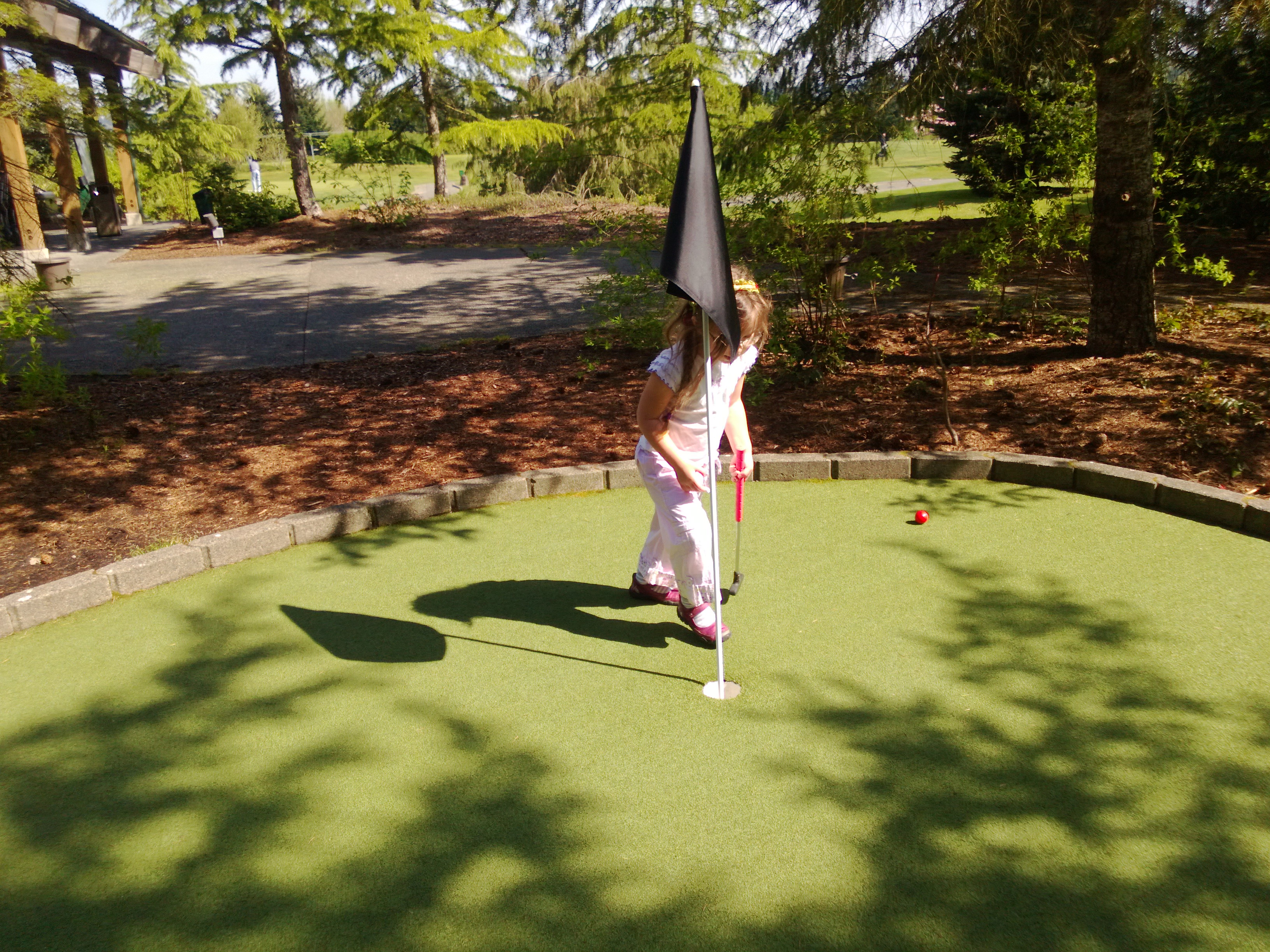 How can women learn to play golf?-Golf tips for women ...
