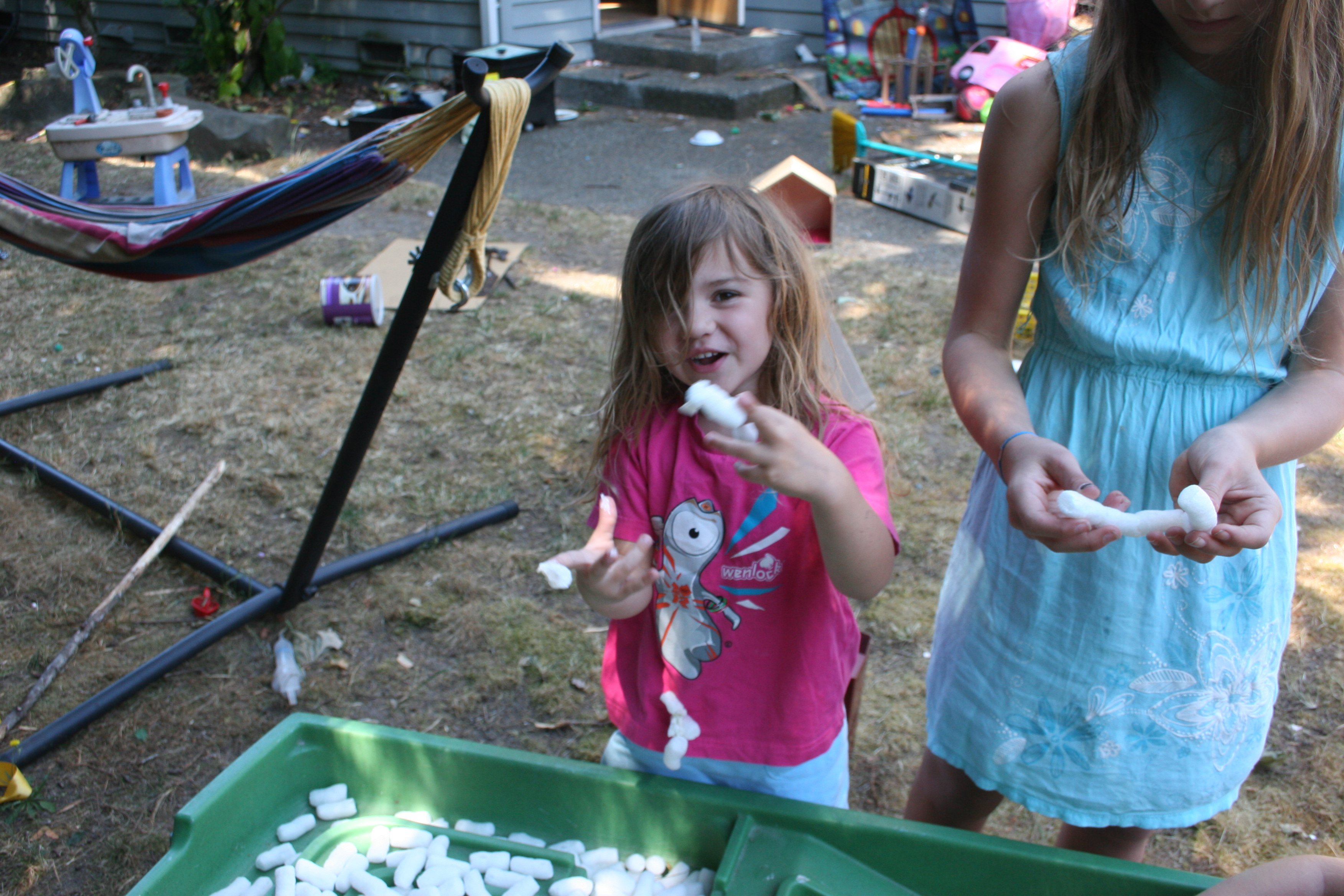 how to create a low cost outdoor playspace in your own backyard
