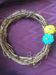 pine cone zinnia wreath step 3